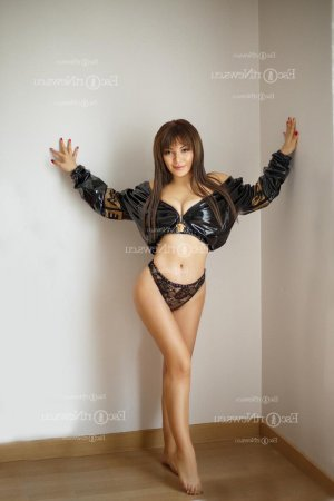 Suzelle adult dating in Hoboken