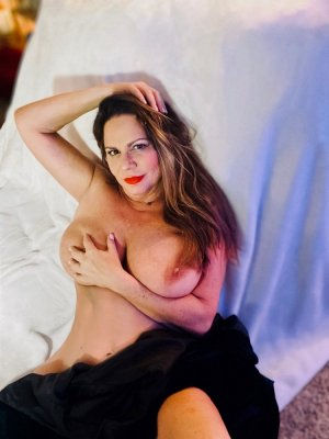 Daryna adult dating in New York