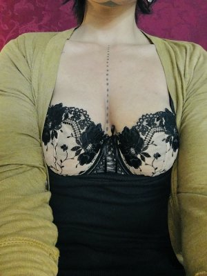 Marie-sandrine meet for sex in Moline Illinois
