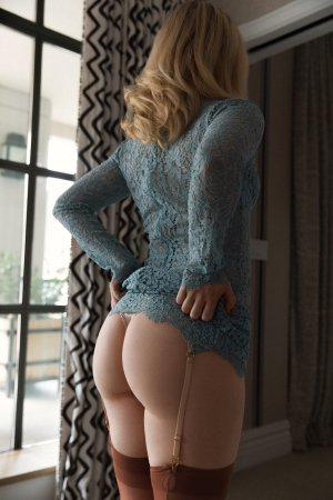 Renée-claude adult dating in Pearsall TX